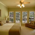 05-master-bedroom1