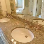 07-master-bath-granite1