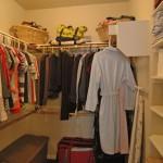 08 - Closet